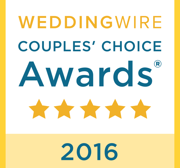 We Won a WeddingWire Couples' Choice Award!
